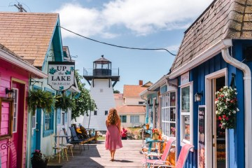Things to do in Olcott NY - Lakeview Shoppes Village