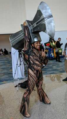 WonderCon 2019 Thor's Stormbreaker Hammer