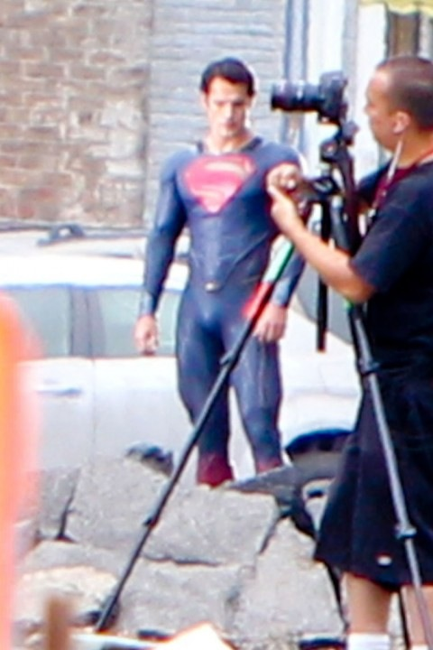 0831-henry-cavill-superman-costume-06-480x720.jpg