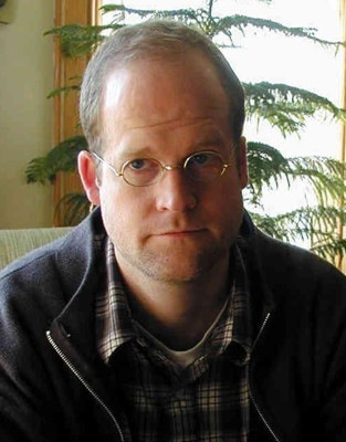 chris-ware-author-photo.jpg