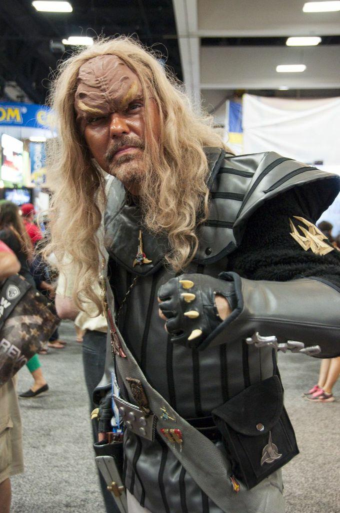 SDCC, SDCC2013, San Diego Comic Con, Klingon, cosplayer, Star Trek, Trekies