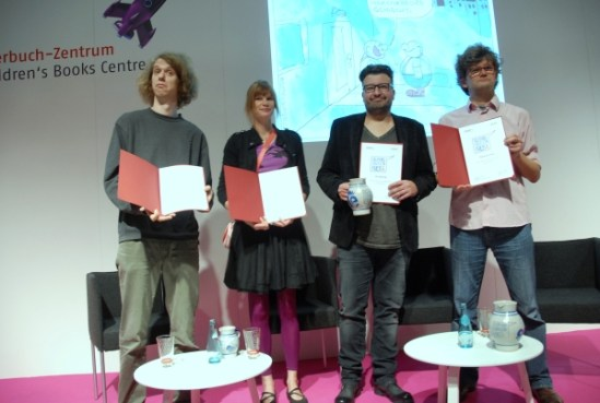 Cartoonprize Category A: Hannes Richert, Category B: Rattelschneck first prize, Oli Hilbring second prize. Third prize: Dorthe Landschulz.