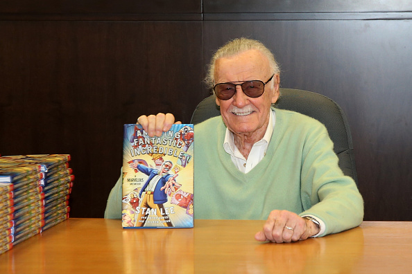 """LOS ANGELES, CA - NOVEMBER 07: Stan Lee signs copies of his new book """"Amazing Fantastic Incredible: A Marvelous Memoir"""" at Barnes & Noble at The Grove on November 7, 2015 in Los Angeles, California.  (Photo by Jonathan Leibson/Getty Images)"""