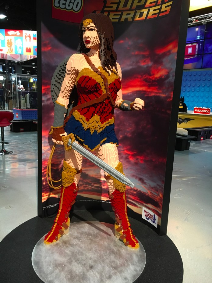 SDCC2016-d01preview-18.JPG