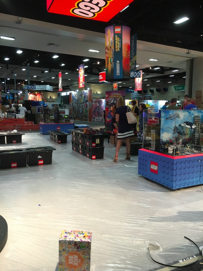 SDCC2016-d01preview-20.JPG