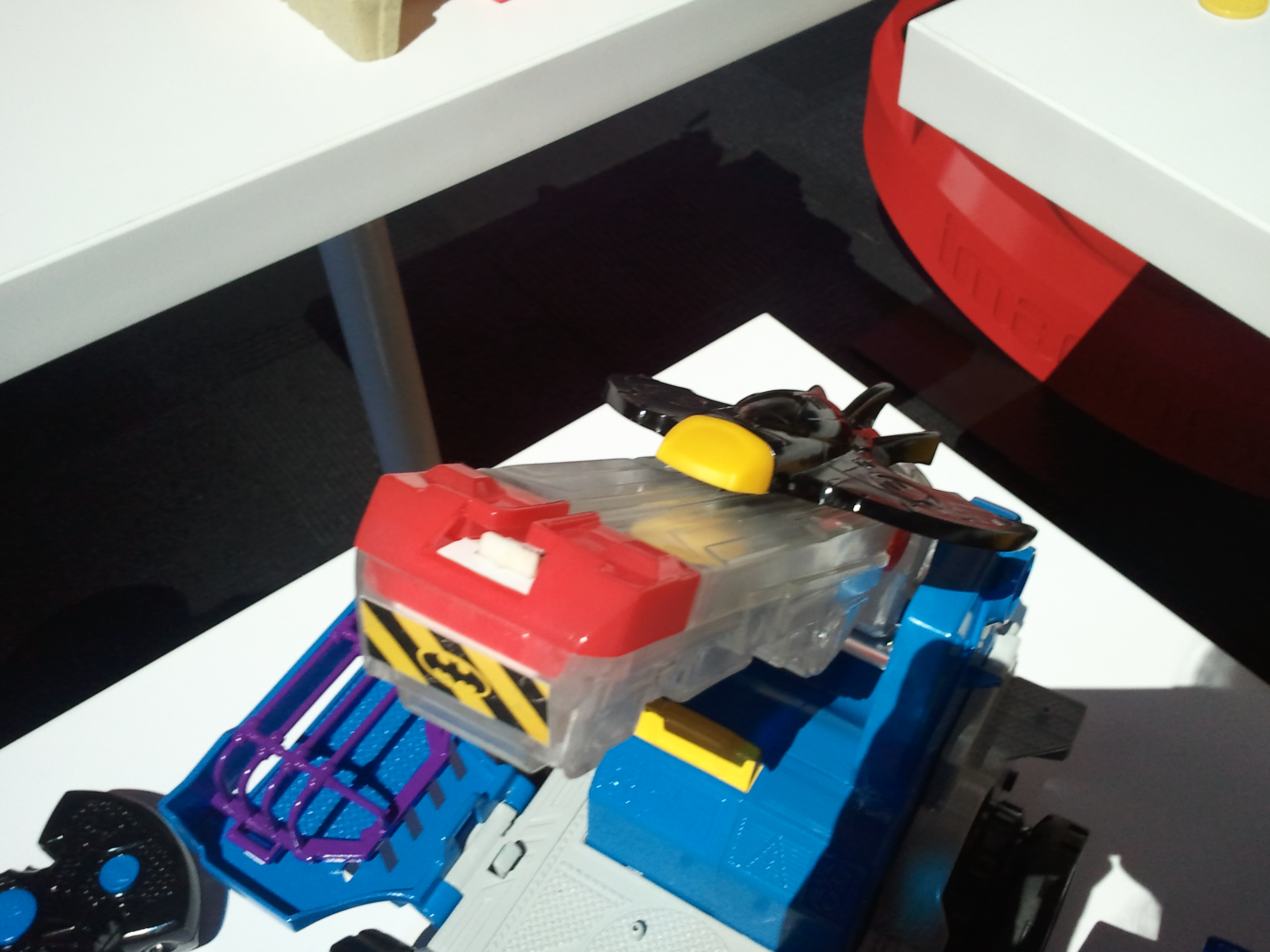 Fresh  remote control projectiles jail and Batman figure Remote steers Mobile Command Center forward reverse turn u transforms from vehicle to playset