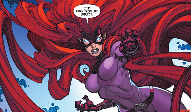 Medusa-Marvel-Comics-Inhumans-hair-attack-h1.jpg