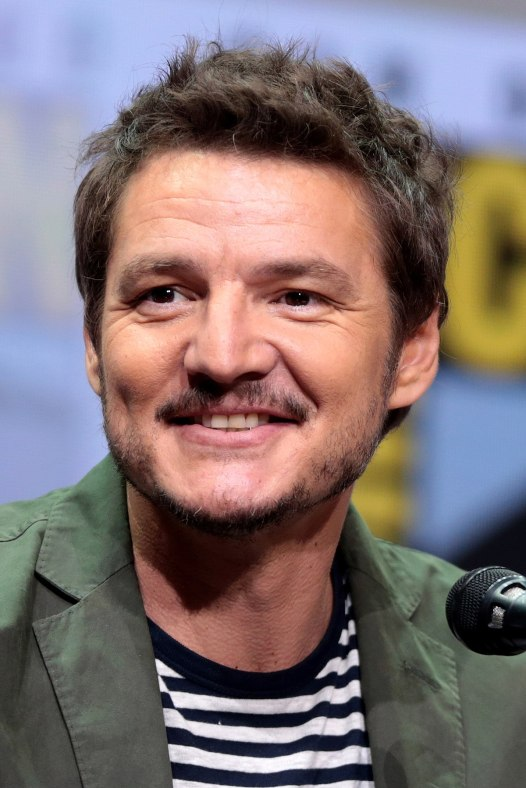 1200px-Pedro_Pascal_by_Gage_Skidmore.jpg