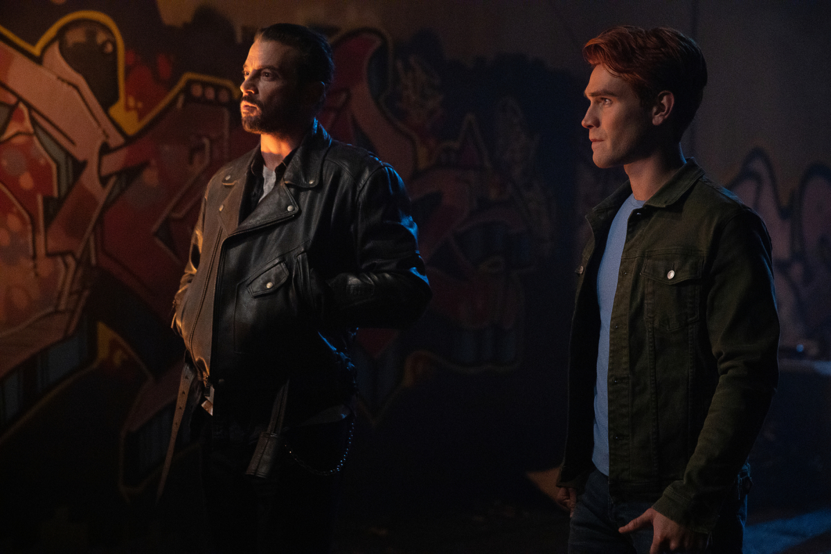 Archie and Skeet, creature of the Riverdale night