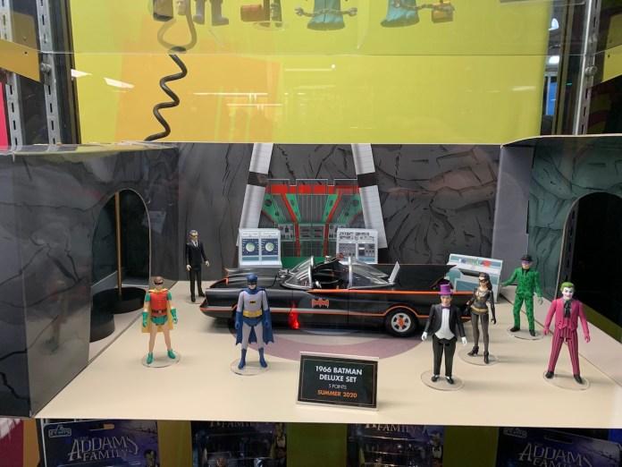 Mezco Batman 66 lineup