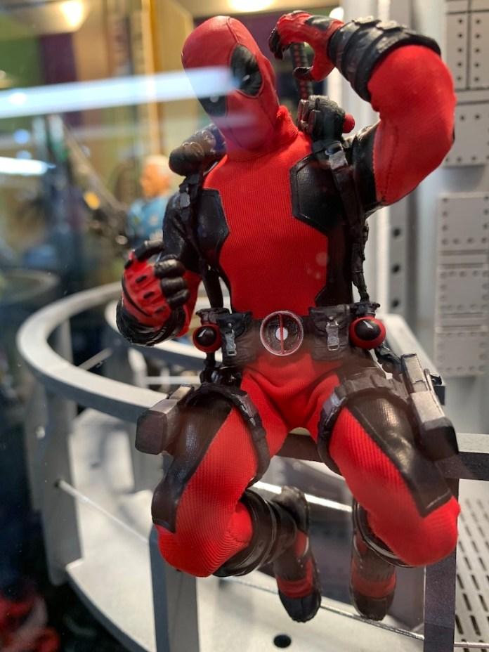 Mezco One 12 Deadpool