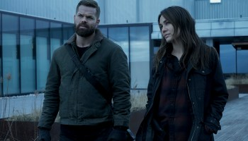 """Amos Burton (Wes Chatham) and Clarissa Mao (Nadine Nicole) rejoin the Roci in """"Nemesis Games"""""""