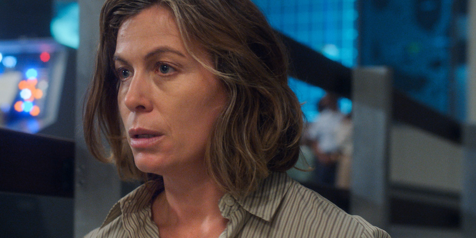 """Molly Cobb (Sonya Walger) contemplates her Earthbound fate in """"The Bleeding Edge"""""""