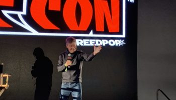 Rob Liefeld takes the stage at NYCC