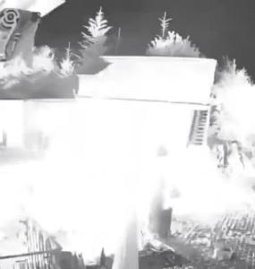 Hater platzieren Kugelbombe im Hof des Drachenlords 3