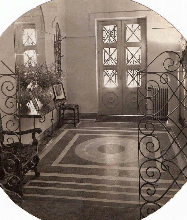 Resultado de imagen de fotos de la marquesa de parabere y su restaurante