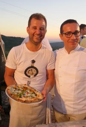 Paolo De Simone e Gino Sorbillo per la pizza Cilento Vesuvio