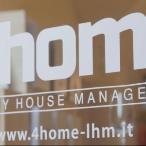 4 Home Luxury House Management