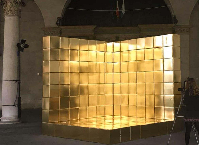 installazione cubi d'oro