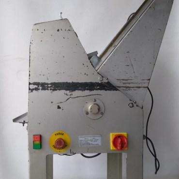 Fatiadeira De Pão Prática 350mm Fttp350