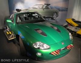 140319-bond-in-motion-jaguar-xk8