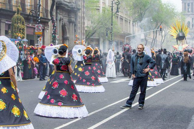 Sam Mendes sur le tournage de SPECTRE à Mexico