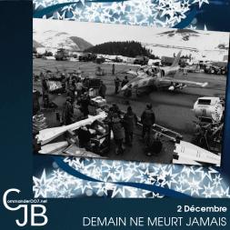 En 1997, le tournage du pré-générique de Demain ne meurt jamais prend place dans les Pyrénées françaises près de Peyragudes. Pour l'occasion de vrais véhicules militaires seront amenés à cette station de ski, dont un lance-missile soviétique acheminé par camion depuis Moscou. C'est l'occasion de redécouvrir un reportage fait à l'époque par France 3 http://bit.ly/1luZnNH