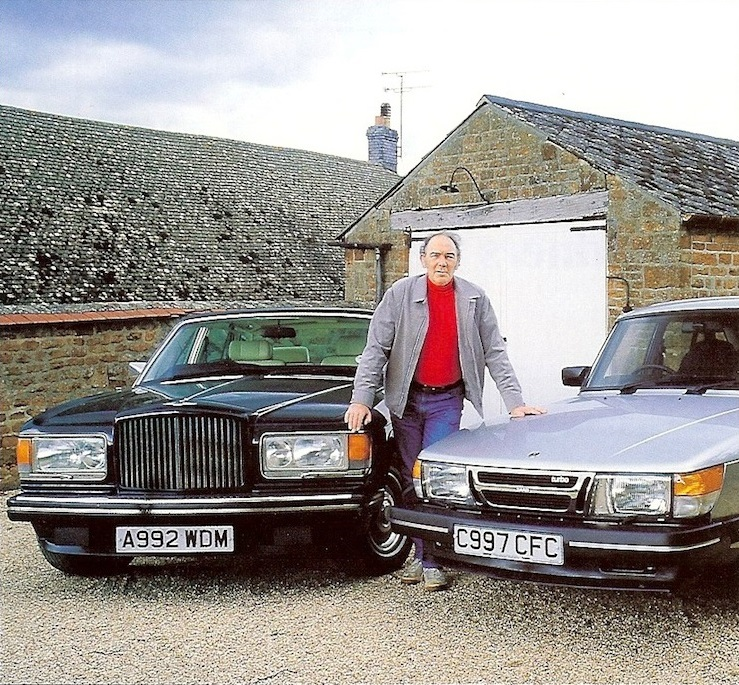 La Bentley Mulsanne Turbo et la Saab 900 Turbo de John Gardner.