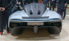 Aston-Martin-AM-RB-003-5