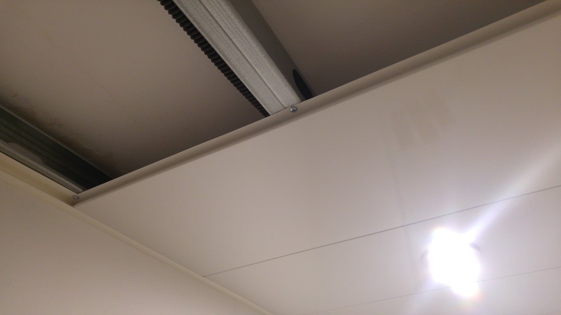 Pose Lambris Pvc Plafond Salle De Bain Bright Shadow Online