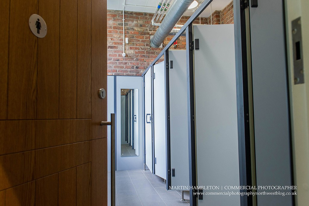 commercial-interiors-photography-cublcles-and-doors