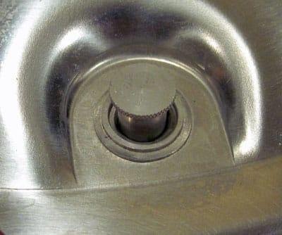 Air vent - cover lock