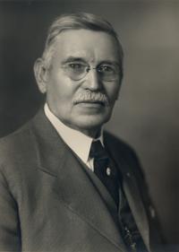 William (Bill) Vernon Brewer *