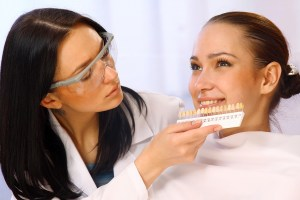 2 Alternatives To Teeth Whiteners