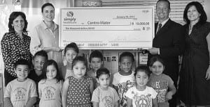 Simply Healthcare donates $10,000 to Centro Mater