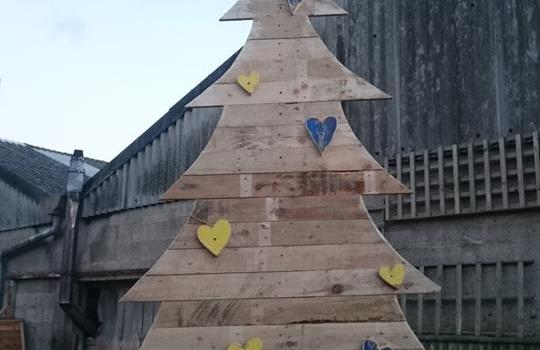 Happy Christmas from Community Wood Recycling