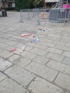 piazza-cavour-rifiuti-22giu15-3