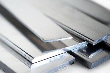 Como colar alumínio