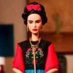 Un juez frenó la venta de la Barbie Frida Kahlo en México