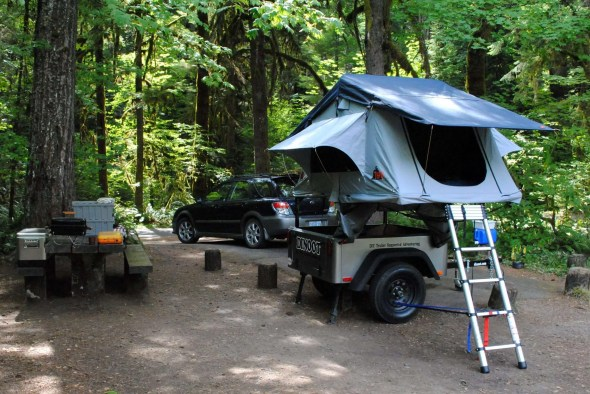 Jeep Trailer and Roof Top Tent by Compact Camping