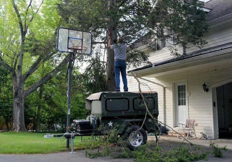 Jeep Trailer By Dinoot as Yard Work Platform?