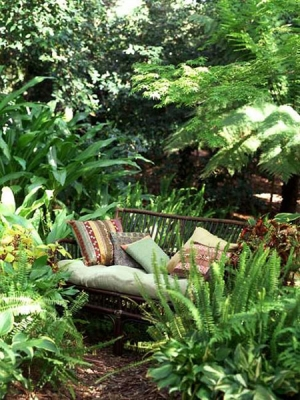 """Top 10 Garden """"Nooks"""" of 2013 
