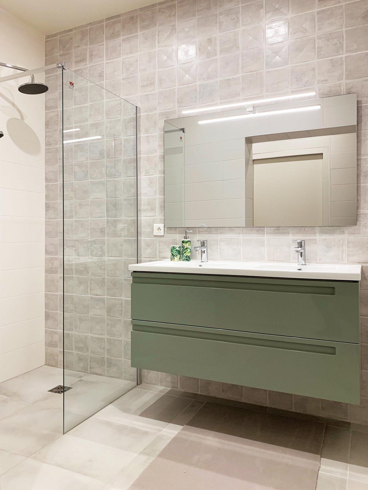 meuble de salle de bain vert menthe
