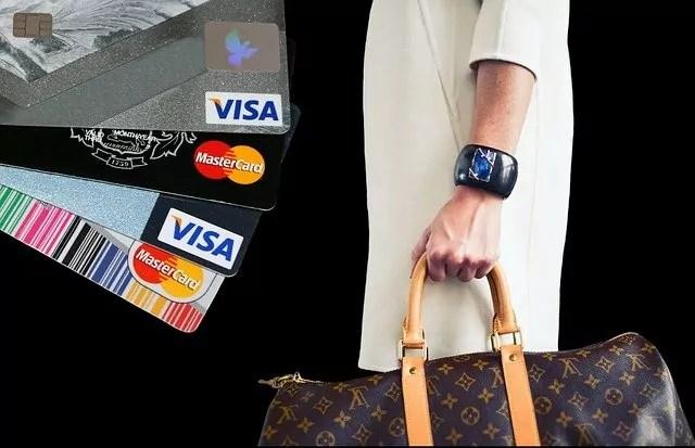 Kreditkort bank pengar
