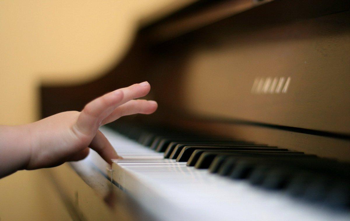 Aprender música faz bem para as crianças