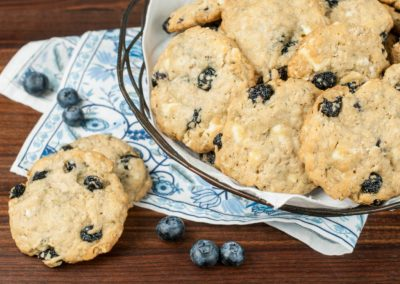 Blueberry White Chocolate Oatmeal Cookies