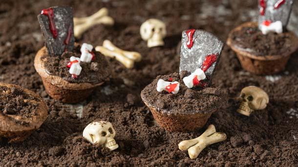 Graveyard Brownie Bites