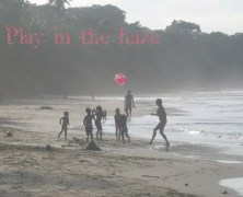 Dr. Manolito presents Play in the haze