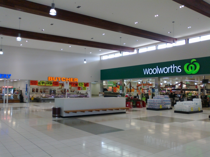 Cowes Woolworths