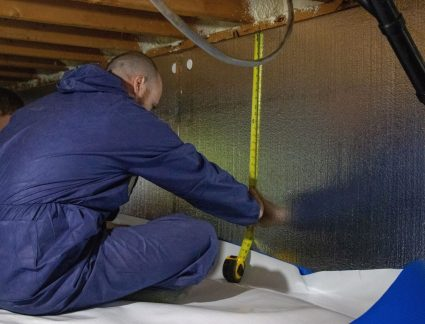 installing crawl space insulation